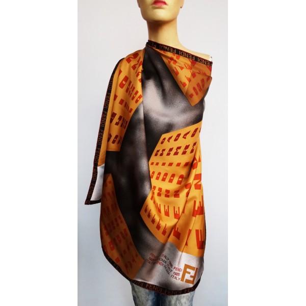 FENDI голям дамски шал 100% коприна
